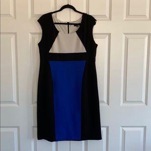 Like new - Size 16 Laura Sleeveless Dress